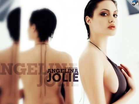 angelina-jolie-128a