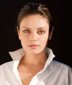 mila-kunis-hot-sexy-white-neck