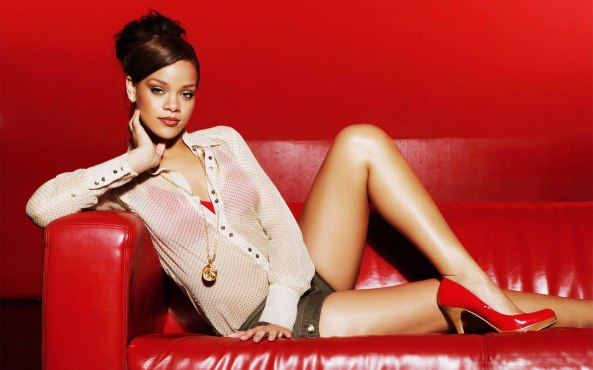 Rihanna-Sexy-Hot-FHM-2013-HD-Wallpaper