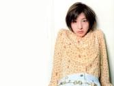 Ryoko Hirosue 11