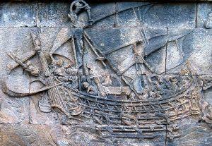 Sejak abad ke-1 kapal dagang Indonesia telah berlayar jauh, bahkan sampai ke Afrika. Sebuah bagian dari relief kapal di candi Borobudur, k. 800 M.