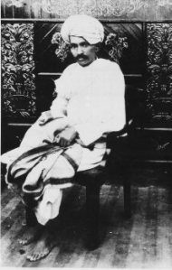 Gandhi in 1918, at the time of the Kheda and Champaran Satyagrahas