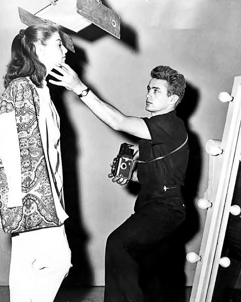 James_Dean_and_Pier_Angeli_candid