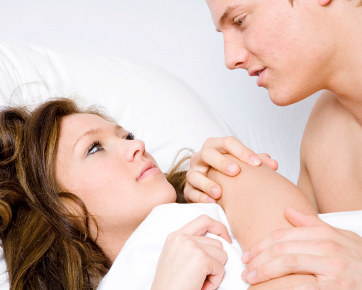 191452_couplesexbed362