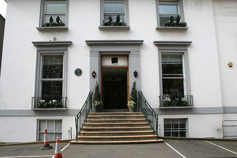 Abbey Road Studios main entrance