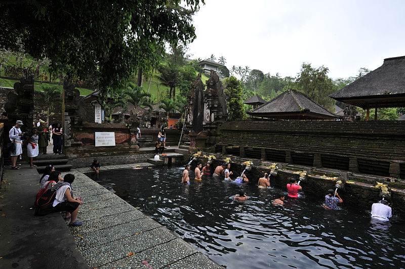 800px-1_tirtha_empul_temple
