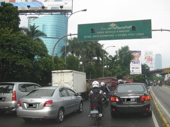 Inner Ring road of Jakarta, some major roads in Jakarta are implementing 3 passengers in a car regulation during rush hours.