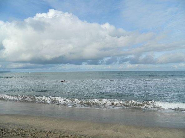 800px-Kuta_Beach