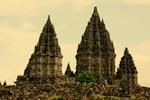 java-indonesia-prambanan-temples-yogyakarta-1680x1050-150-100