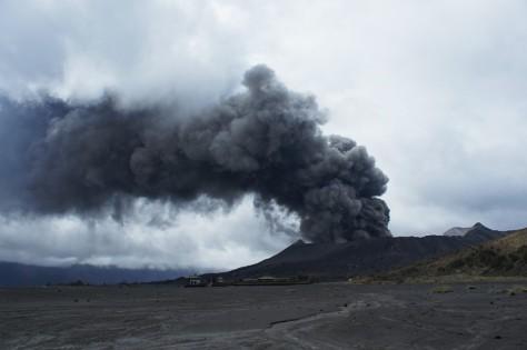 Mount Bromo Eruption 2011 01 22