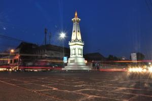 Tugu-Yogyakarta1
