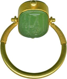 Moveable ring from 664 to 322 BC (Late Period). Green jasper and gold.[4] The Walters Art Museum