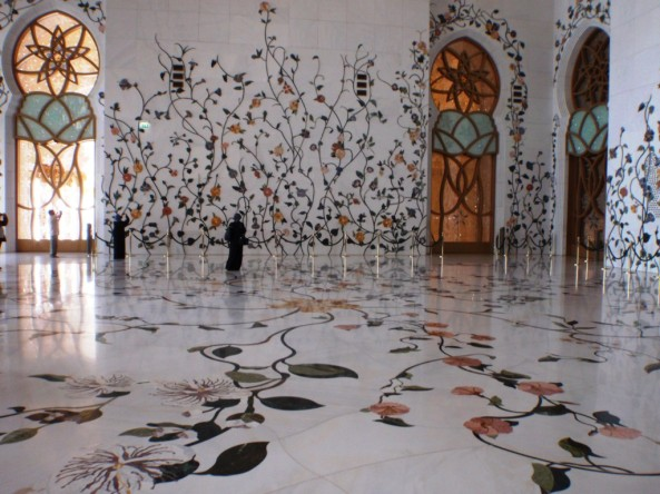 Sheikh Zayed Grand Mosque. Stone flowers everywhere!