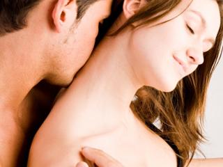 0_61_Kiss_neck_320