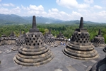 1280px-borobudur-stupas-am002-150x100