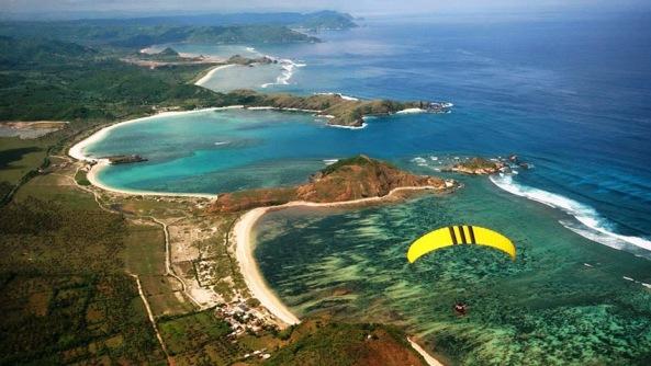 aerial-pantai-kuta-lombok-indonesia