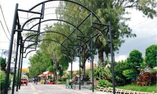 pedestrian_di_sepanjang_jalan_slamet_riyadi