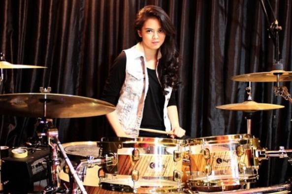 rani-drummer-wanita-indonesia-craniramadhany-600