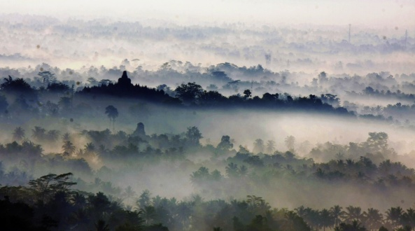 View Borobudur dari Bukit Punthuk Setumbu