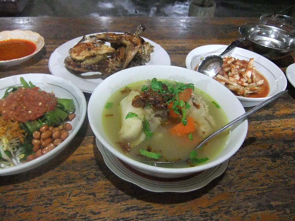 1024px-sup_kikil_lombok