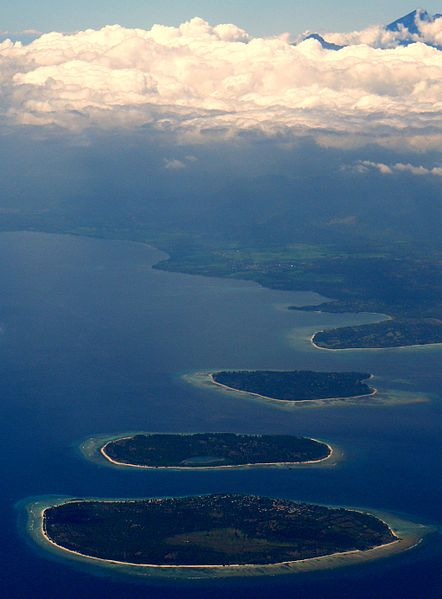 442px-gili_islands__gunung_rinjiani_lombok_indonesia