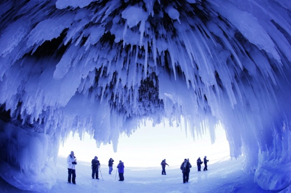 an-ice-covered-cave-in-wisconsin-usa