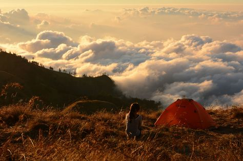 camping_above_the_clouds_at_rinjani