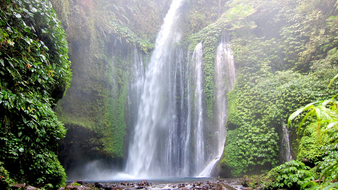 senaru_waterfall