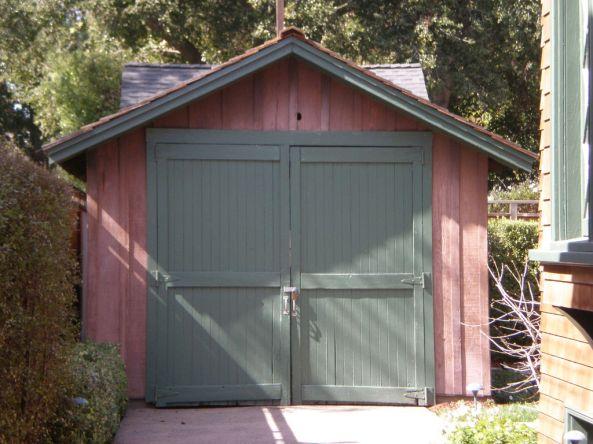 1024px-HP_garage_front