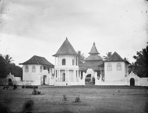 COLLECTIE_TROPENMUSEUM_Moskee_Indonesië_TMnr_10016740