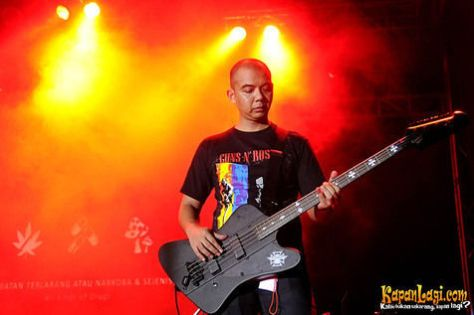 krishna_radhitya_ceo_blackrock_entertainment_metallica_pre_show_party_rolling_stone_caf_jakarta_18_agustus_2013-20130819-002-bambang