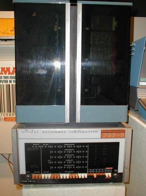 PDP-8 960x1280