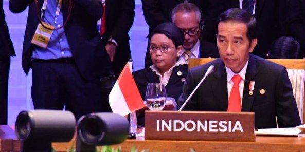 tiga-tahun-berkuasa-jokowi-cetak-9-sejarah-baru-di-indonesia