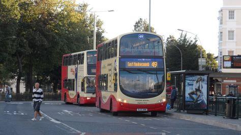 1024px-Brighton_&_Hove_412_BJ11_XHN