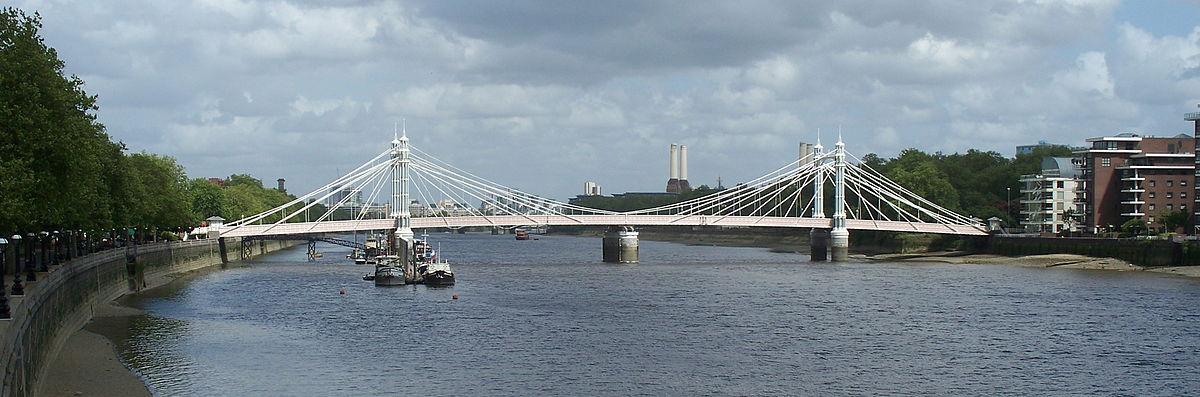 1200px-Albert_Bridge_from_Battersea