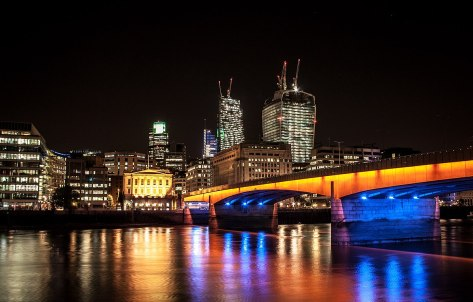 1200px-London_Bridge_(9691084663)