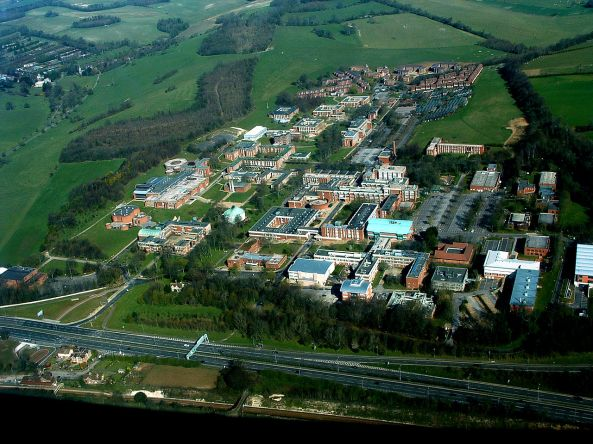 1280px-Airborne_imagery_University_Of_Sussex_Campus