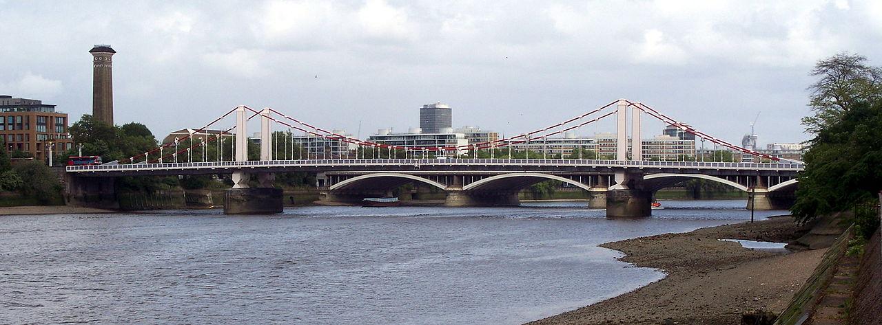 1280px-Chelsea_Bridge_2