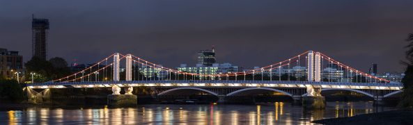 1280px-Chelsea_Bridge,_London_-_Oct_2012