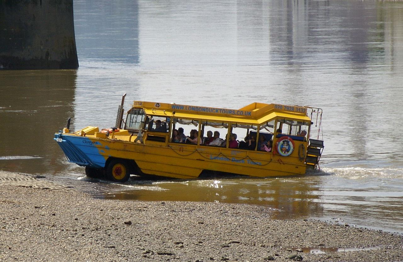 1280px-Duck_Tour_boat_beaching