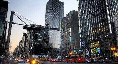 1280px-Gangnam_Station_area_in_Seoul,_South_Korea