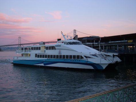 1280px-GGT_ferry_Del_Norte