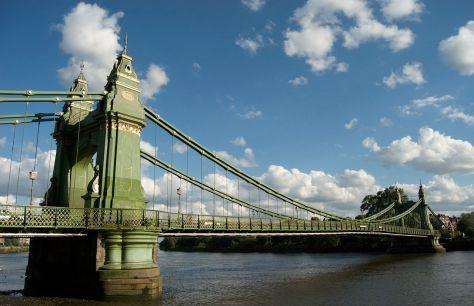 1280px-Hammersmith_Bridge_2008_06_19
