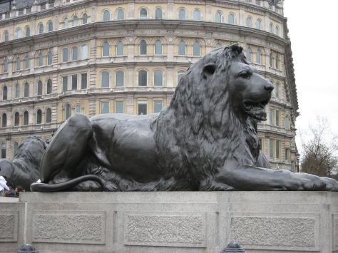 1280px-Lion-nelson-column-trafalgar-london-uk