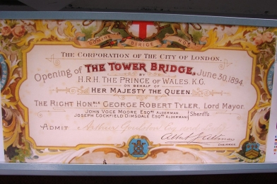 1280px-The_invitation_of_opening_of_Tower_Bridge,_London