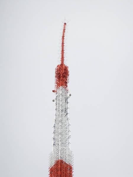 2011_Japan_Earthquake_Tokyo_Tower