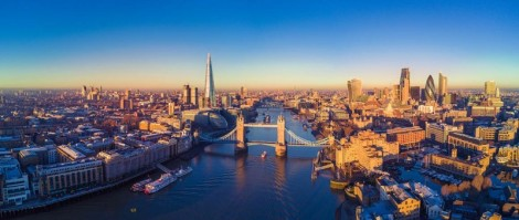 aerial-view-of-london-and-the-river-thames-800x340