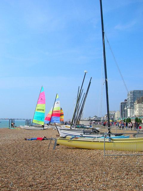 Boats_on_Brighton_Beach_-_geograph.org.uk_-_242094