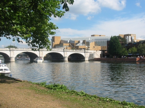 England-London-Kingston-Bridge-over-Thames-RF