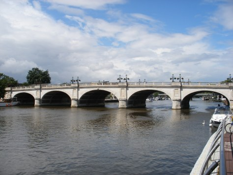 Kingston_Bridge_Kingston_Side